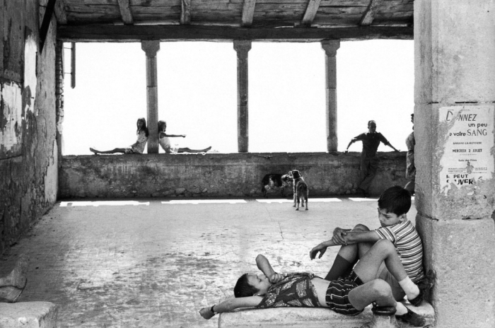 CARTIER-BRESSON simiane.jpg
