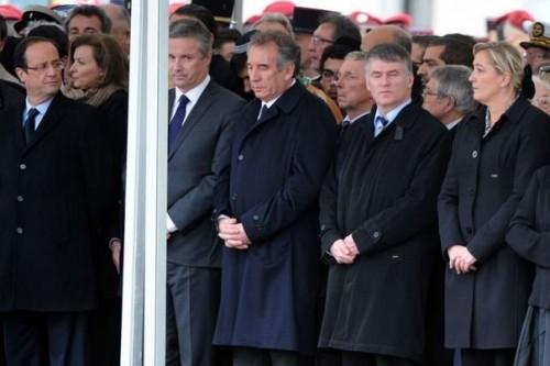 291724_francois-hollande-nicolas-dupont-aignan-francois-bayrou-et-marine-le-pen-a-la-ceremonie-d-hommage-aux-militaires-tues-a-montauban-le-21-mars-2012.jpg