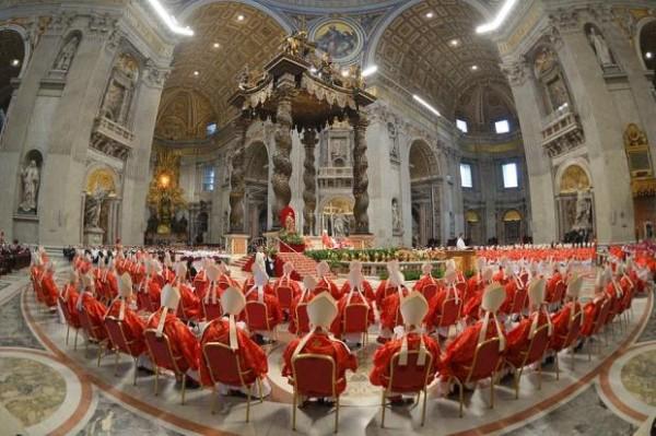 bergoglio,conclave,pape,françois,timothy dolan,spectacle,poltique,communication